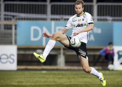 Øyvind Hoås går fra Hønefoss til KBK. Spissen er aktuell for spill allerede i helga.