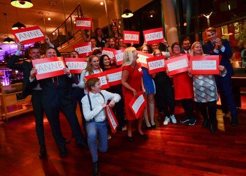 STØTTE: Anne Rygh Pedersen (Ap) fikk støtte fra sine egne under gårsdagens valgvake – men får hun støtte fra nok partier?