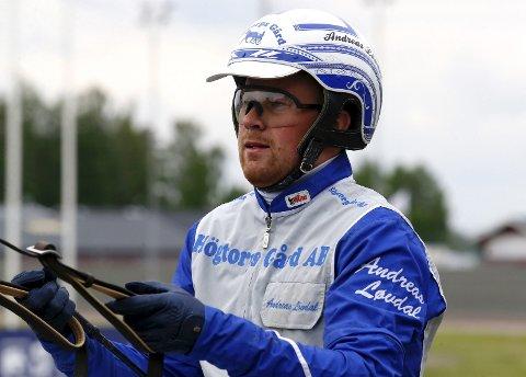 Andreas Løvdal er sønn av travtrener Kjell Løvdal.