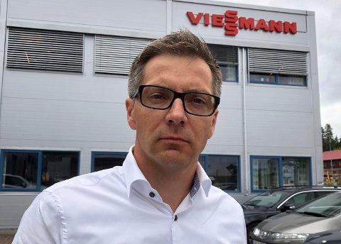 TYVERI: - Vi ble utsatt for tyveri av forretningshemmeligheter av de tre tidligere medlemmene av bedriftens ledergruppe, sier administrerende direktør i Viessmann, Fredrik Pryser Høienholm.