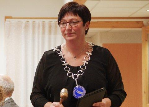 MÅ TRØSTE: - Det var faktisk mer enn jeg trodde av folk som var lei seg etter departementets vedtak om å åpne for detaljvarehandel på Steimosletta, sier ordfører Mona Murud i Alvdal.