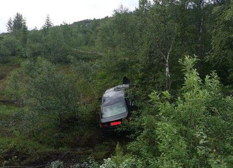 En som øvelseskjørte tok feil av gass og brems og da gikk det galt ved Bertelberget.