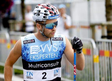 Sjur Røthe tok en 8.-plass i et rulleskirenn på 60 kilometer i Sandnes. Onsdag venter et knallhardt løp også når 31-åringen skal stake 7,5 kilometer i motbakkeløpet Lysebotn Opp.
