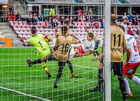 Endelig: Kjell Rune Sellin satt sin første FFK-scoring i åpent spill søndag.