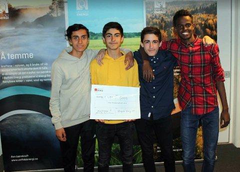 Vinnerlaget. Disse 9. klassingene fra Borge ungdomsskole vant energicamp-finalen 2018. Fra venstre Gaith Hmood, Sheran Ahmad, Alan Baroshki og Mohammed Abdirisak.