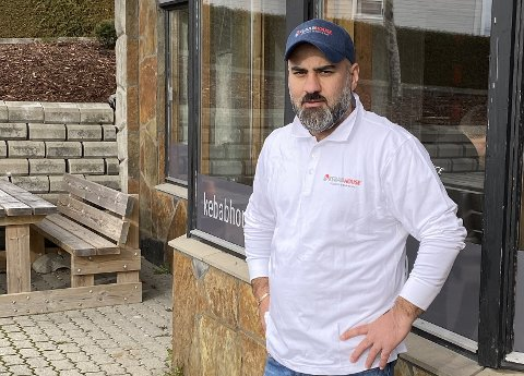 LOKAL KEBABKONGE: Dani Eli Nisan (36) startet Kebab House-kjeden i 2003. Nå utvider han med et nytt spisested på Rolvsøy.