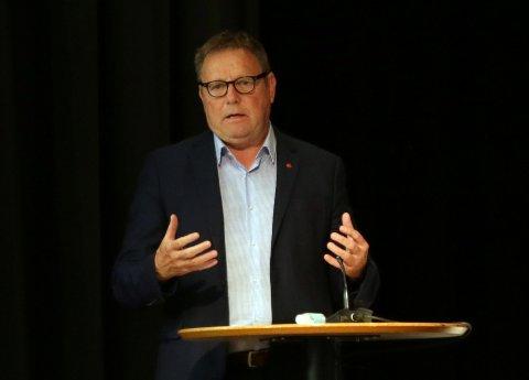 Bjarne Berntsen (Ap) var ikke nådig da han karakteriserte Statens vegvesen vedrørende behandlingen av E39 gjennom Figgjo.