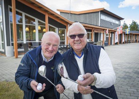 OFFENSIVE: Claus Mæland (t.v.) og Kjell Fredriksen har observert en utrolig interesse for golf i distriktet. Nå vil de utnytte hele området ved Liermoen bedre.