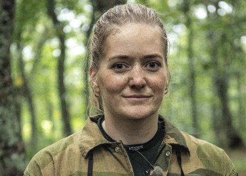 KLAR FOR INNSATS: Stortingsrepresentant Emilie Enger Mehl (Sp) er i gang med innspiling av ny sesong av Kompani Lauritzen Foto: Matti Bernitz