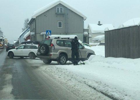 Politiet sjekket bilister gjennom Fåberggata fredag.
