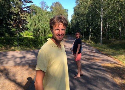 PLANENE KLARE: Oskar Svendsen (25) har funnet seg godt til rette som både student og praktikant, men gleder seg til å komme seg ordentlig ut i arbeidslivet. – Jeg vil være med på å skape produkter med potensiale.