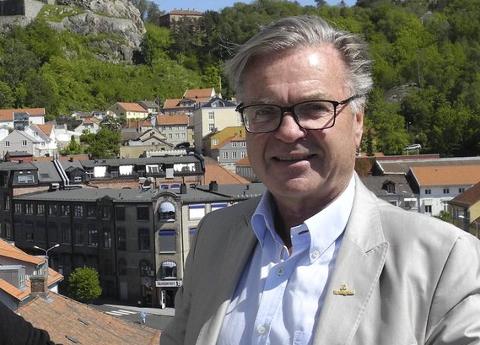 ENGASJERT: Harald Kynningsrud mener en ny idrettshall må ligge i sentrum av Halden.