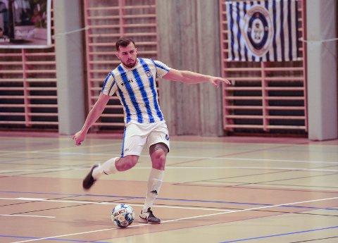 Fredrikshald-Utleira. Ardi Berbatovci scoret hjemmelagets mål.