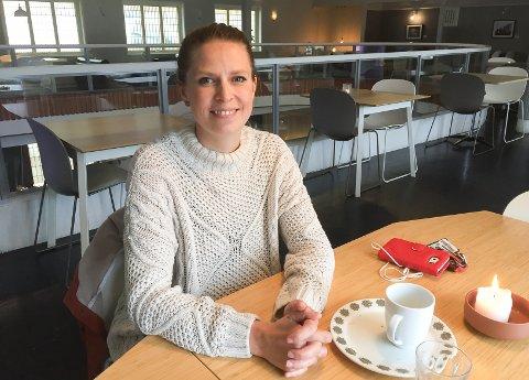 Varaordfører Trine Meling Stokland (SV) synes ikke 100.000 kroner til fyrverkeri er riktig bruk av  pengene.