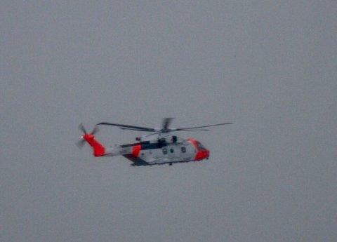 AKSJON: Redningshelikopter vest for Haugesund onsdag kveld.