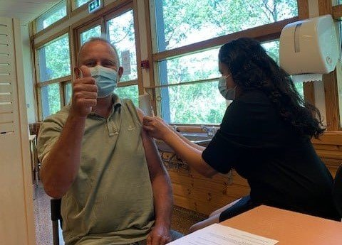 VAKSINE: Ordfører Grunde Wegar Knudsen (Sp) fikk sin første dose tidligere i begynnelsen av sommeren.