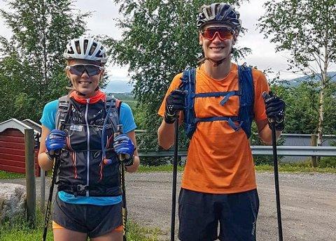 Anniken Sand og Torbjørn Bogstrand Løitegård tok turen fra Lyngåskrysset til Verdens Ende på rulleski. Turen ble på 103 kilometer.