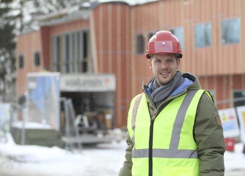 GLEDER SEG: Daglig leder i Nordstrand IF, Ole Magnus Skisland, gleder seg til den nye storstua åpner til sommeren. Foto: Arild Jacobsen