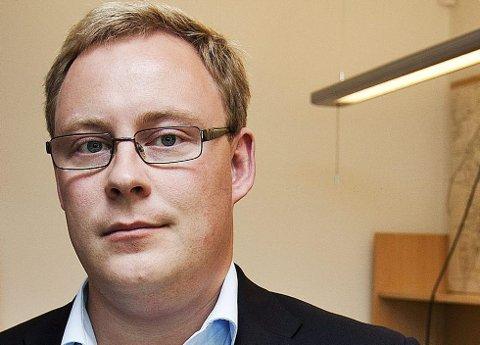 TAUS: Kristoffer Kanestrøm vil ikke si om han støtter byrådsleder Øyvind Hilmarsens løfte om å ta imot 70 syriske flyktninger.