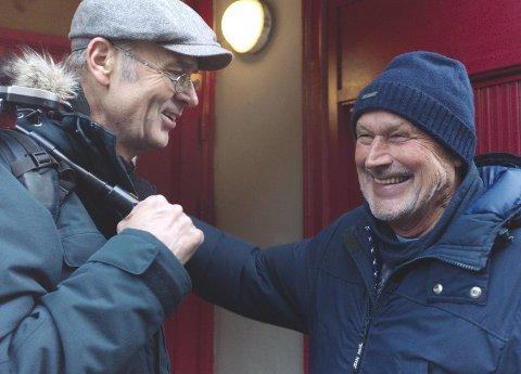 GODT HUMØR: Filmskaper Erik Poppe (til venstre) og professor Per Fugelli.