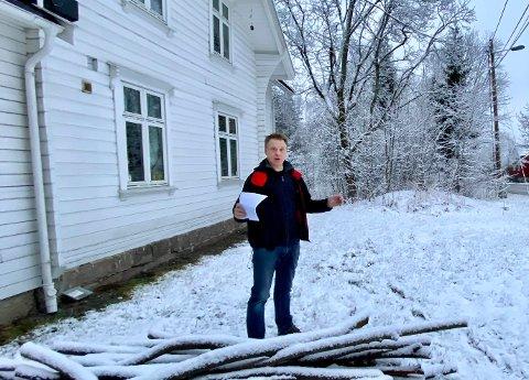 Øyvind Hansen er verken imponert over kommune-Kari eller behandlingstiden i Nordre Follo.