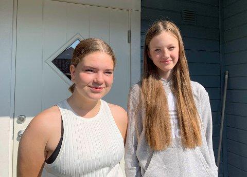 MÅTTE GÅ HJEM: (f.v) Ella Iversen og Sandra Lauritzen måtte se seg nødt til å gå hjem når bussjåføren nektet dem adgang.