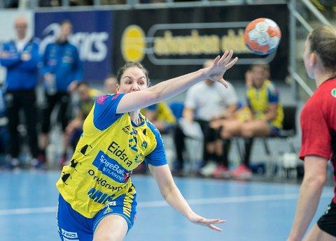 Betina Riegelhuth og Storhamar leverte en god kamp, men kom seg ikke videre fra kvartfinalen i EHF-cupen i håndball.