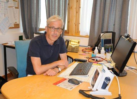 ALVDAL KOMMUNE HAR LYKKES: Og da er det jakten på en fastlege til vi sikter til. Dermed får kommuneoverlege Håkon Spæren Henningsen en fast kollega.