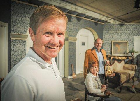 Reinhardt Flø i teater for første gang. May-H. Mathiesen og Petter Øhrn Sørensen i bakgrunnen. Foto: Eigil Kittang Ramstad
