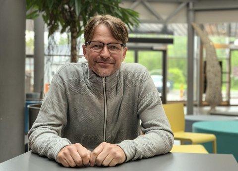 Helt sprøtt: Sportslig leder Sondre Wahlstrøm i Pors håndball synes det er helt sprøtt at det ser ut til å bli en desember uten seriespill for seniorlagene. Pors har fått beskjed om seriestart for 2. divisjon i januar.