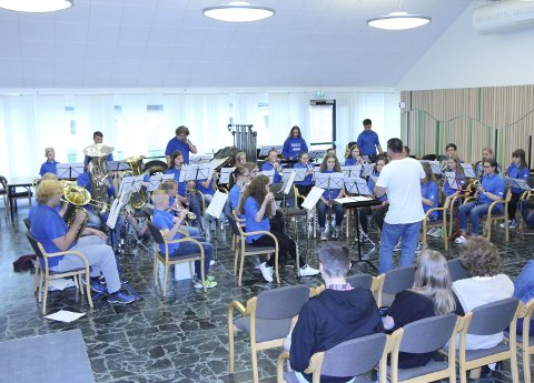 Stor gjeng: Rakkestad skolekorps stilte med hele 34 musikanter under helgas norgesmesterskap.