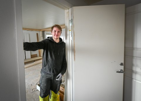 Odin Adolfsen (19) er ikke redd for ansvar. Det eneste han vil nå er å jobbe.