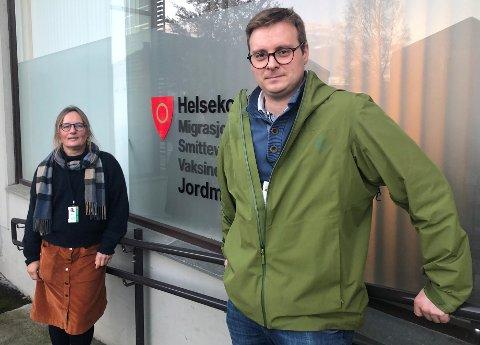 FLERE PÅ LAGET: Assisterende kommuneoverlege  Christian Skari og Kommuneoverlege Karin Møller i Ringerike ser en økende smittetrend i Ringerike.