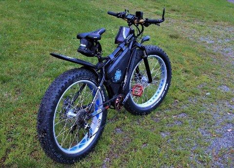 """SPORLØST FORSVUNNET: Denne """"fatbiken"""" (terrengsykkel med tykke hjul) ble stjålet utenfor Bunnpris i Skårersletta fredag formiddag."""