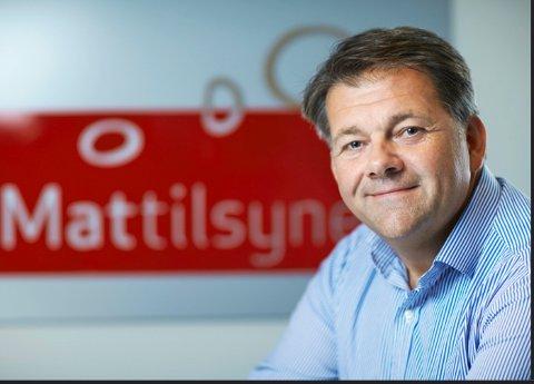 ADVARER: - Mattilsynet innfører portforbud for tamfugler etter utbruddet av fugleinfluensa og advarer folk mot å håndtere døde eller synlig syke fugler, sier Ole-Herman Tronerud til Røyken og Hurums Avis.