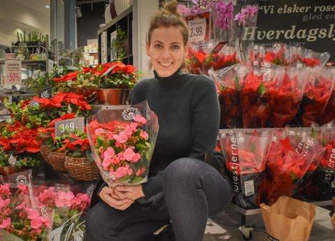 Janicke Kvist Trulsvik har snart drevet blomsterbutikk på Grisen Storsenter i 10 år.