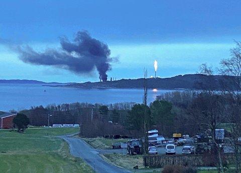 Equinor-anlegget på Tjeldbergodden i Aure kommune er i gang igjen. Her et bilde fra brannen.