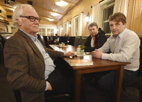 Enige: Professor Bjarne Jensen (t.v.), Åge Emil Bergqvist fra Fagforbundet Bodø og fylkesleder Tore Jakobsen i Fagforbundet Nordland er enige om at resultatet av folkeavstemningen i Steigen 16. januar må respekteres, uansett om det blir ja eller nei til sammenslåing med Bodø.