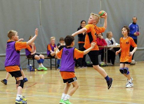 SOLID VEKST: Grønnåsen IL er et av lagene i Bodø som trenger enda mer plass for sine mange nye spillere i gutteklassen. Foto: Bjørn Erik Olsen
