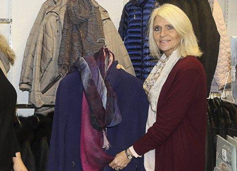 SELGER: Linda Røed selger Wilhelmines.