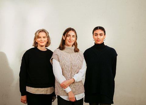 BLODFERSK: Som navnet bærer preg av er magasinet Blodfersk som lanseres i dag noe helt nytt. Trioen bak er er (Fra v.) Helga Springgard, Marie Knive og Felicia Yates Andreasson
