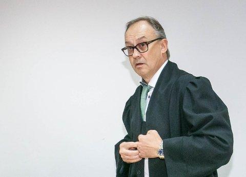 UNDERSLAG: Advokat Ole Petter Breistøl er forsvarer for 32-åringen.