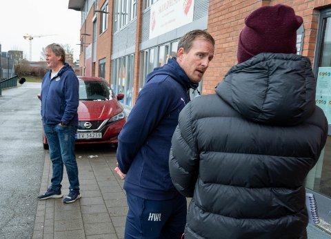 DELT ANSVAR: Håkon Wibe-Lund skal sammen med Bjørn Petter Ingebretsen (bak) ta over som midlertidig trenere for Godset.