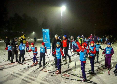 KLAR TIL START: Skoleskikarusellen i Fredrikstad Skiarena ble en suksess.