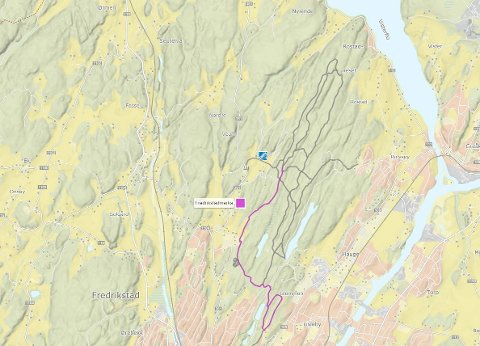 NYLIG PREPARERT: Dette kartet viser hvor det er nykjørte løyper i Fredrikstadmarka. Lilla farge betyr at løypene er kjørt opp i løpet av de siste to døgnene.