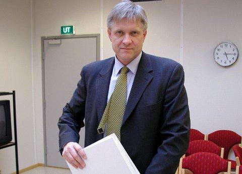 VIL HA SVAR: Advokat Tor J. Strand mener at både UNN og Helsetilsynet plikter å bidra til at alt kommer på bordet når det gjelder sykdomsutbruddet på øyeklinikken for snart ett år siden.