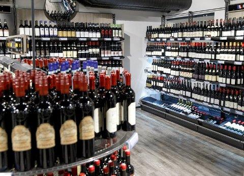 Vinmonopolet setter ned prisene på en rekke viner 1. desember.
