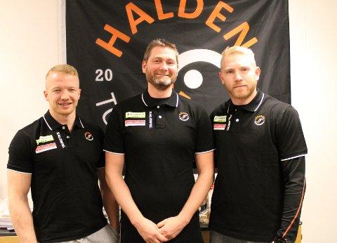 KLARE FOR TOPPKAMP: Trym Bilov-Olsen, Jan Thomas Lauritzen og Victor Skillhammar gleder seg til å spille toppkamp i en fullsatt Remmenhall.
