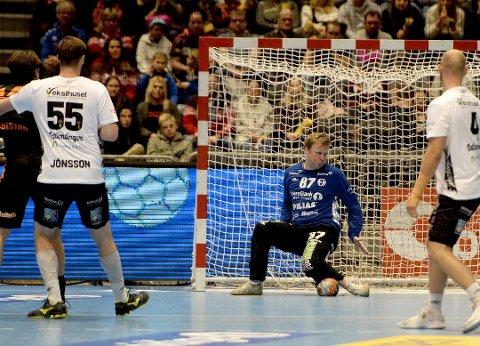 VEGG: Morten Nergaard ble matchvinner for Elverum.