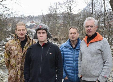 Øyna: Denne gjengen ønsker at Opo skal forbli en storlakselv. F.v. Knut Jøsendal (leder av Odda Jakt- og Fiskelag), Einar Hagen (vara til styret), Sven Olaf Brekke (sekretær) og Sven-Helge Pedersen fra Hardangerfjord Villfisklag.